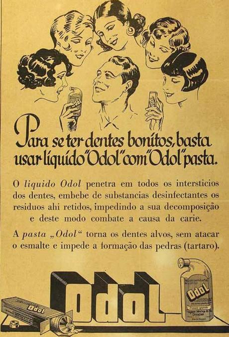 Propaganda do higienizador bucal Odol nos anos 30 com um homem sendo admirado por várias mulheres