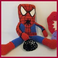 Spiderman cuadrado amigurumi