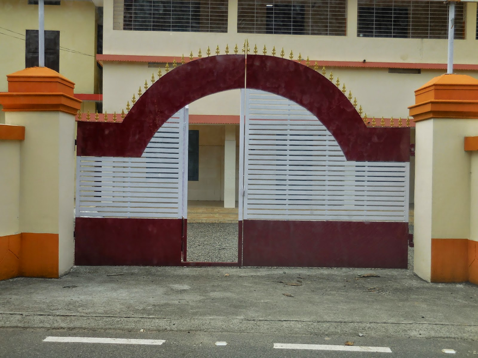 Kerala Gate Designs: House gates in Ernakulam, Kerala