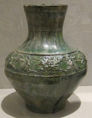 漢王朝時代の緑の壺
