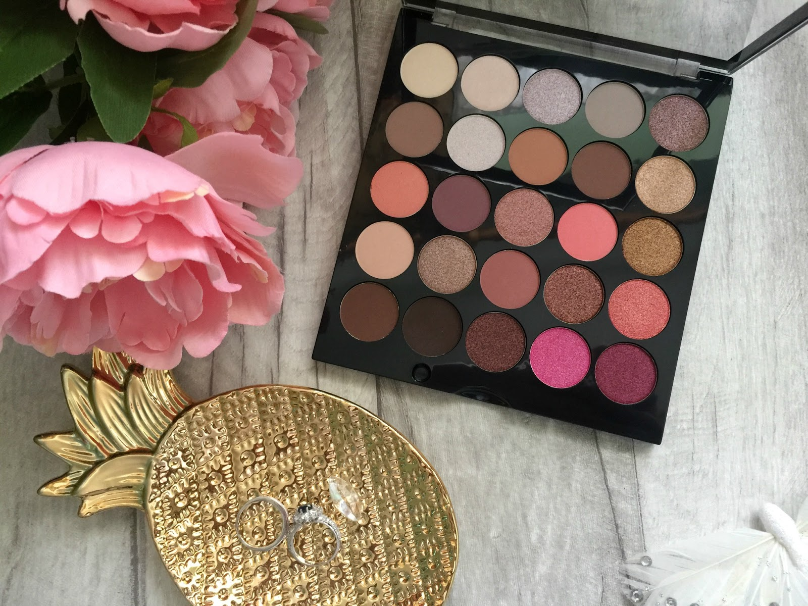 mua burning embers palette shades