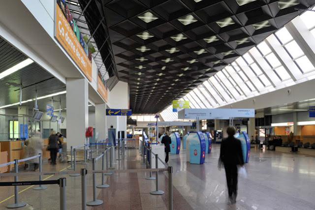 """""""Γολγοθάς"""" για 32 Έλληνες μαθητές που τους παράτησε ταξιδιωτικό γραφείο στο Στρασβούργο"""