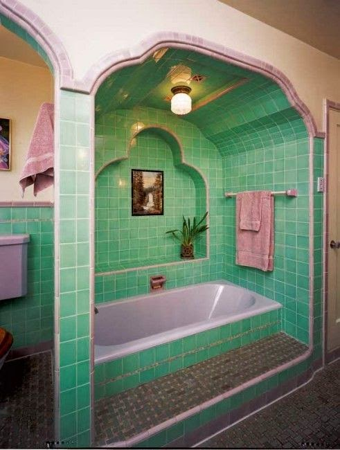 fabulous retro pink bathroom | Moon to Moon: 7 Fabulous Bathrooms....