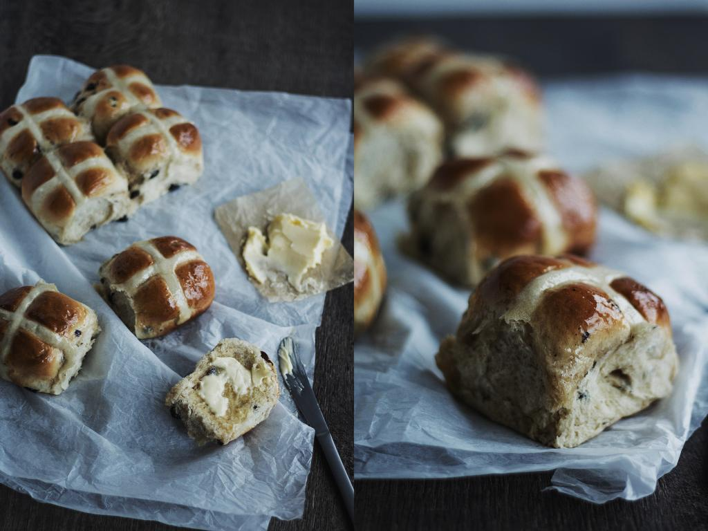 Hot Cross Buns mit Rosinen