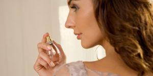 Apakah Pusar Perlu Juga diberikan Parfum ?