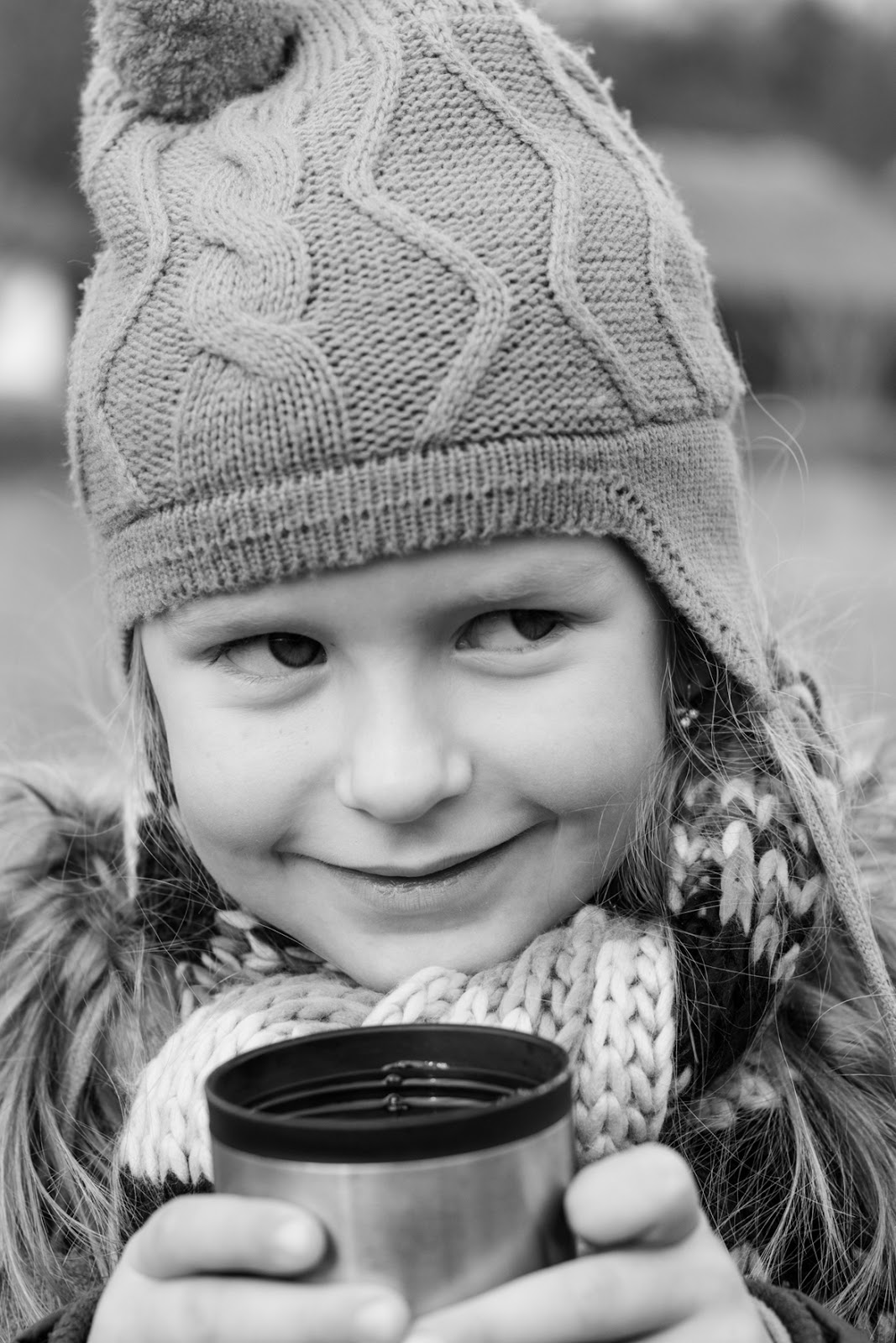 Little girl with the cup portrait, grainpixels photography