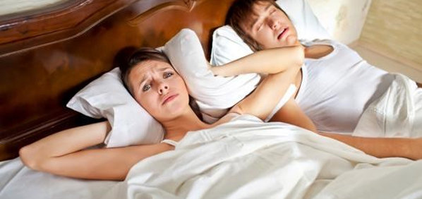 Agar Tidak Mendengkur, Bernyanyilah Sebelum Tidur