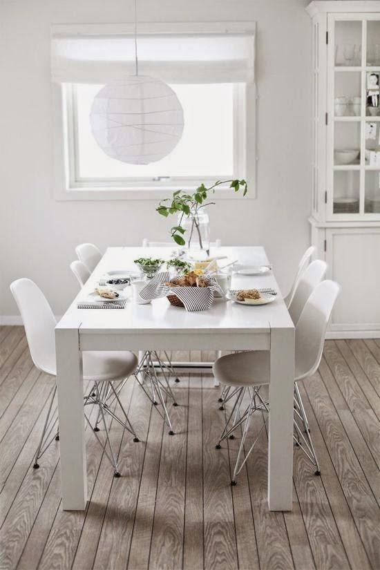 17 ideas bellas para comedores blancos inspiraci n en fotos for Sillas lacadas en blanco comedor