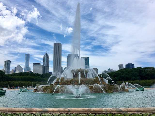 Buckingham Fountain in Grant Park