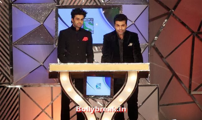 Manish Paul and Karan Johar, Bollywood Celebs at Umang Police Show 2014