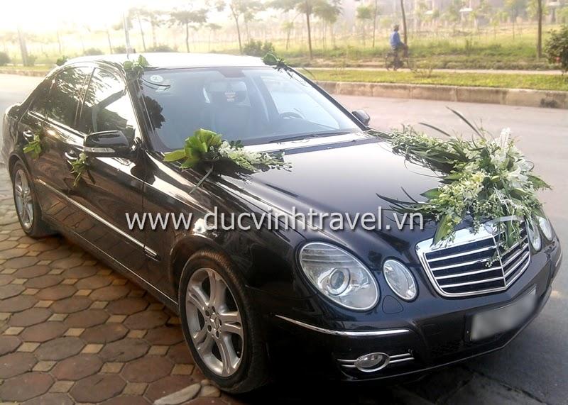 Cho thuê xe cưới Mercedes E240 của thương hiệu xe cưới Đức Vinh
