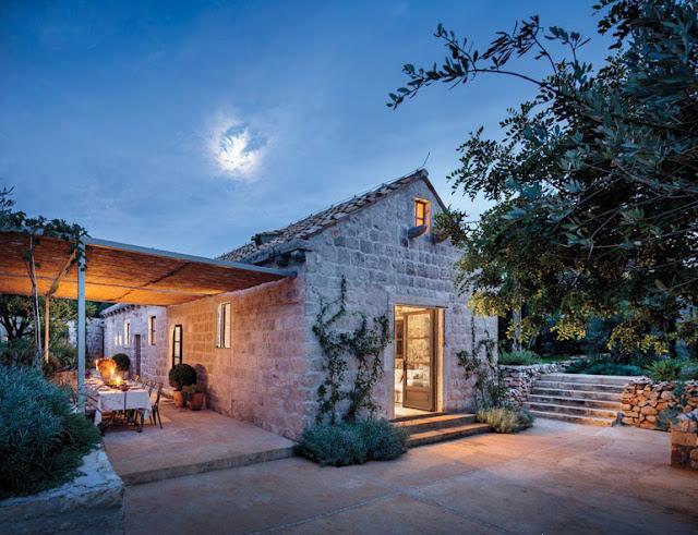 Дизайнерские проекты. Старинный дом 15-го века в Хорватии преобразован в необыкновенный «Остров отдыха»