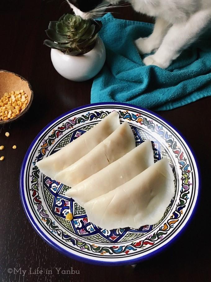 Sweet Coconut Bengal Gram Parcels | Ela Ada