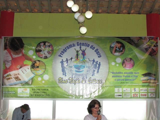 Grupo Amigos de Gentio do Ouro colabora com doação de 350 Kits escolares: