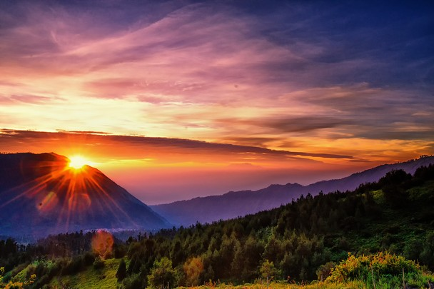 The Best Places to Enjoy Mount Bromo Sunrise, Indonesia