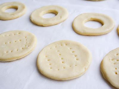 что такое волованы, как приготовить волованы, с чем готовят волованы, волованы рецепт, приготовление волованов в домашниъ ксловиях, тесто для волованов рецепт, с чем можно приготовить волованы, начинки для волованов, волованы, пирожные, волованы с кремом, волованы десертные, крем заварной, пирожные слоёные, слойки, тесто слоеное, рецепты, из теста, выпечка, коллекция рецептов, волованы закусочные, волованы десертные, закуски праздничные, десерты праздничные, http://prazdnichnymir.ru/, волованы, волованы десертные, волованы закусочные, выпечка, десерты праздничные, закуски праздничные, из теста, коллекция рецептов, крем заварной, пирожные, рецепты, пирожные слоёные, слойки, тесто слоеное, волованы с фруктами, волованы с ягодами, волованы с шоколадом, волованы со сливками, фрукты, ягоды, сливки взбитые, шоколад, кремы десертныеволованы, пирожные, волованы с кремом, волованы десертные, крем заварной, пирожные слоёные, слойки, тесто слоеное, рецепты, из теста, выпечка, http://eda.parafraz.space/,