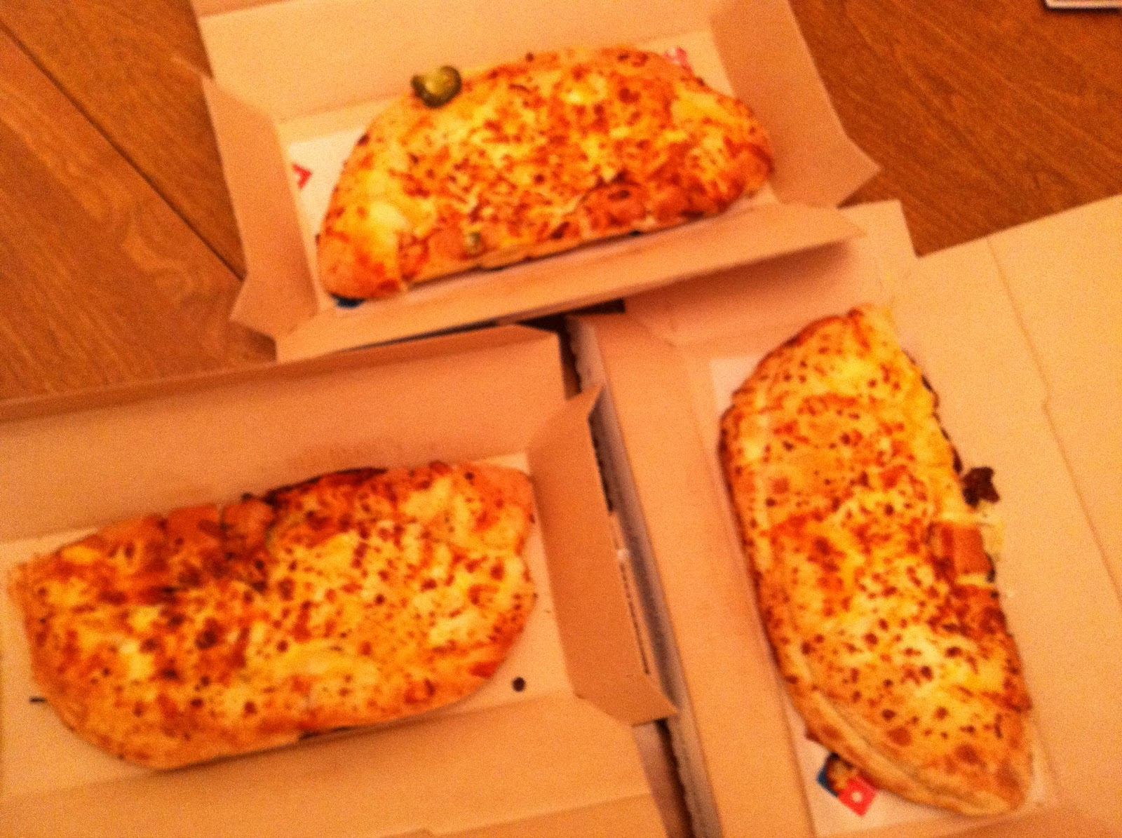Dominos Stuffed Cheesy Bread And Parmesan Bread Bites Review