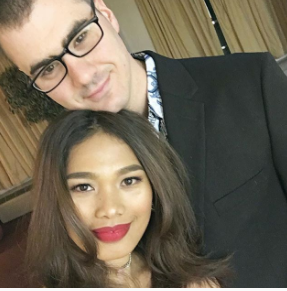 tinggal di amerika, nikah sama bule, pasangan indonesia amerika