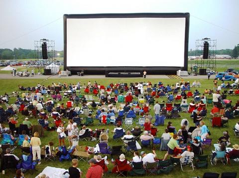 Pertunjukan Film Gratis Di Ruang Terbuka di Singapura