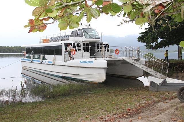 Catamarã fará passeio a Guaraqueçaba (PR) no sábado 15/04 e domingo 16/04