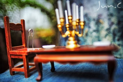 05-Eating-Alone-Photographer-陳俊-Jun-C-aka-yychanson-www-designstack-co