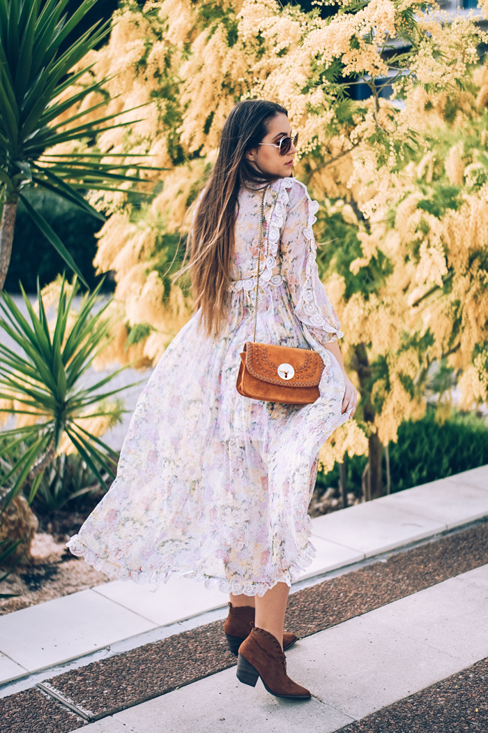 how to a wear a floral maxi dress