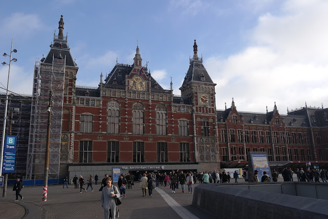 Amsterdam railway station | how to get to Amsterdam
