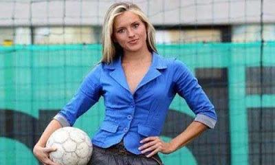 Model hot Tihana Nemcic siap jika ditunjuk sebagai pelatih timnas Rusia
