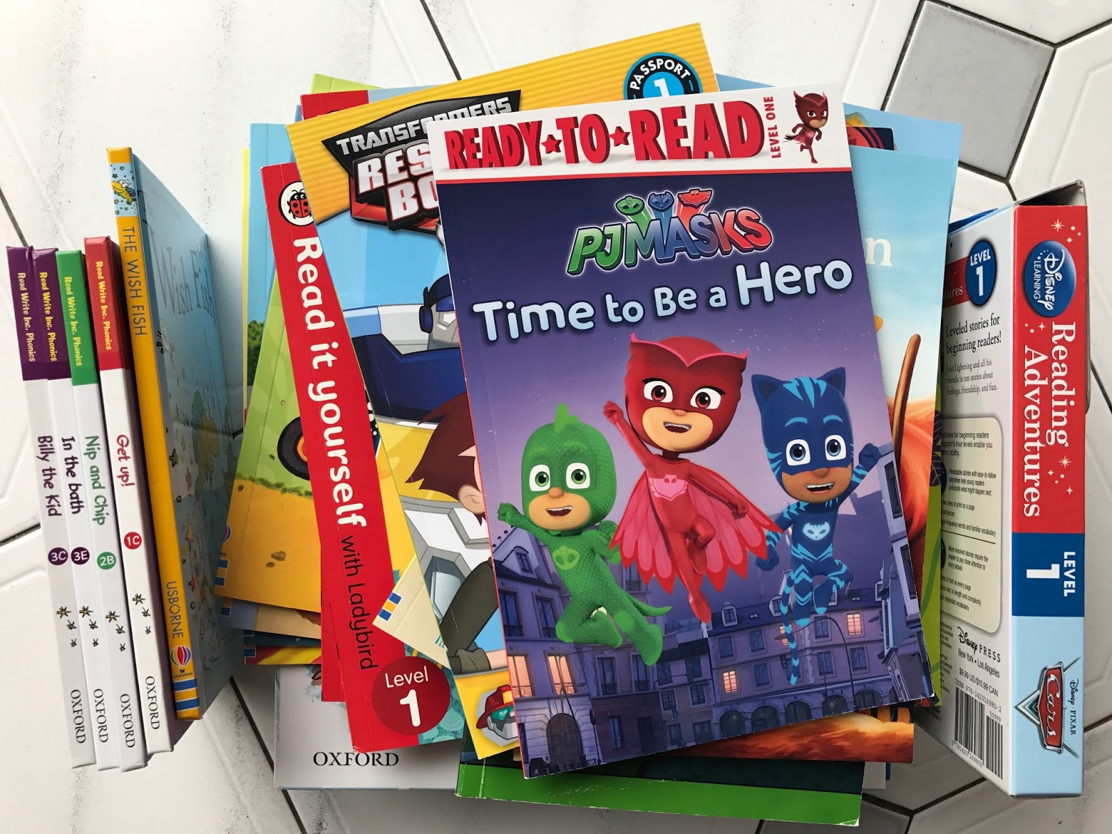30 day kids reading challenge play and learn every day we have a selection of reading books at home from various different reading schemes and with characters that ethan likes i try not to buy the books from solutioingenieria Image collections