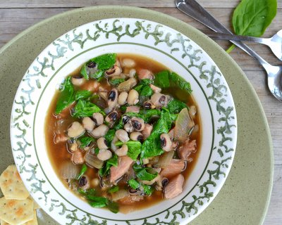 Lucky Black-Eyed Pea Soup, for good luck in the new year ♥ KitchenParade.com. Fresh & Seasonal. Weight Watchers Friendly.
