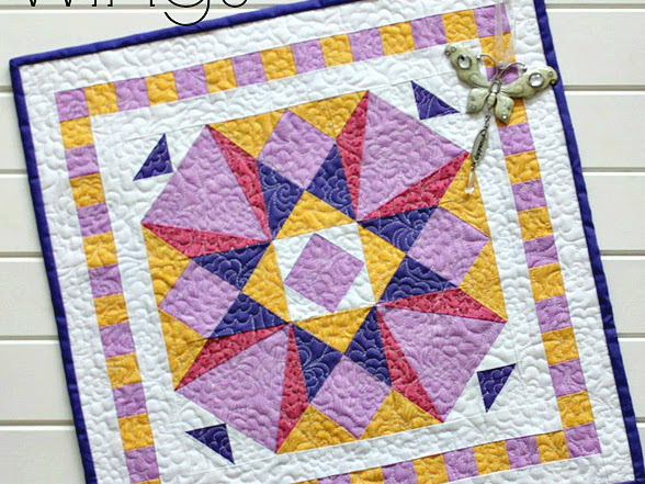 Wings Mini Quilt + Your Free August 2016 Calendar