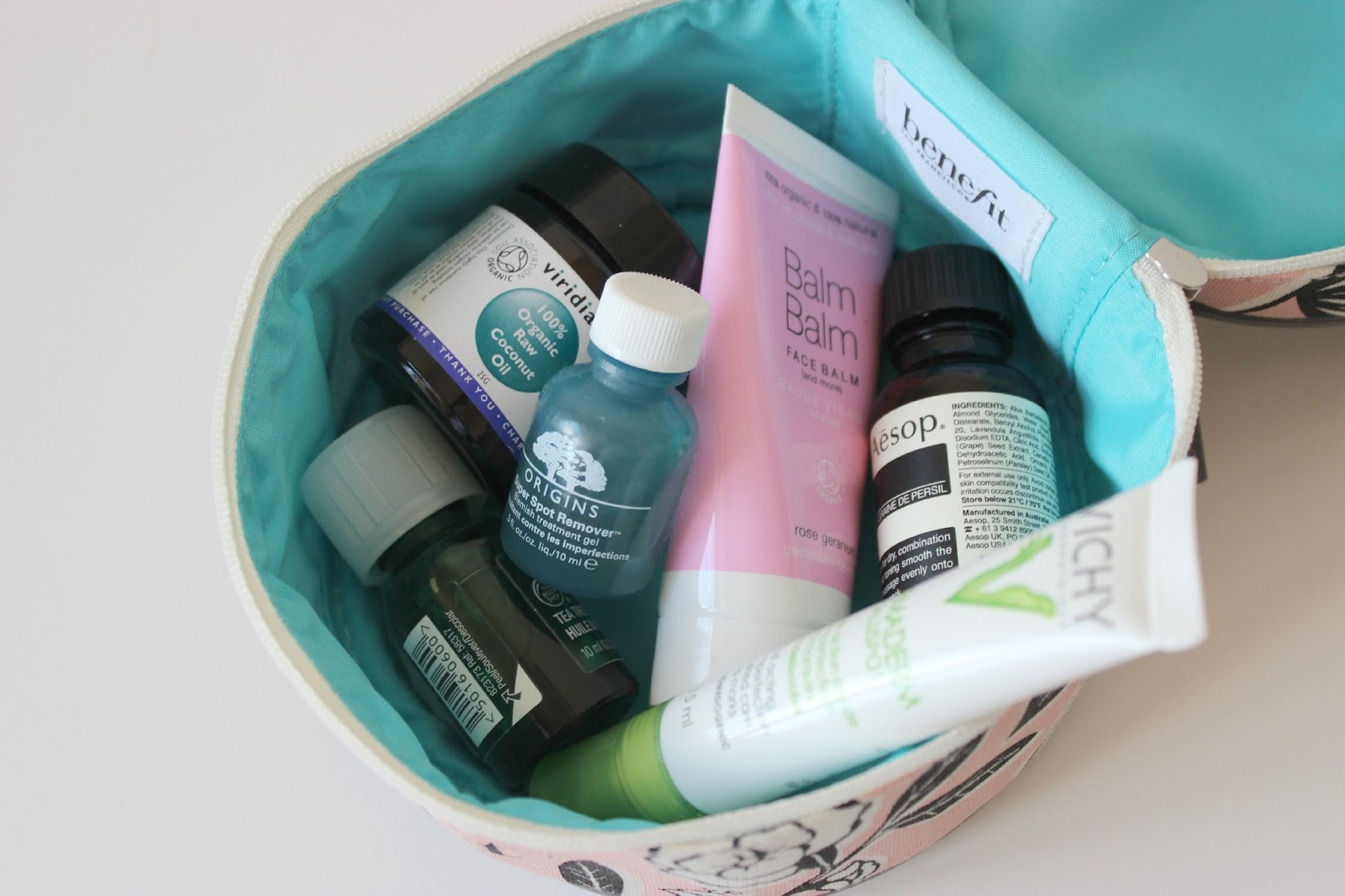 A picture of the EMERGENCY SKIN RESCUE KIT