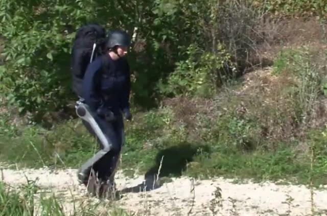 mrtechpathi_hercule_robot_to_walk
