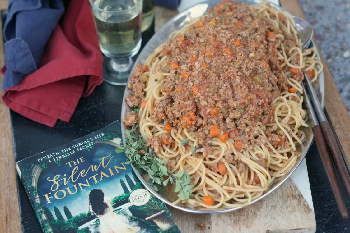 Spaghetti Bolognese | The Silent Fountain