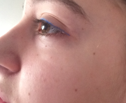 blue eyeliner review