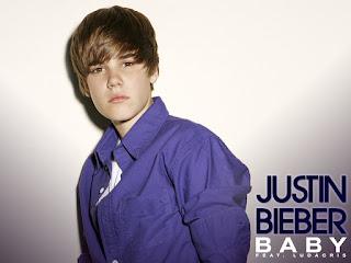 Justin Bieber: Invitaciones, Posters, Fondos o Tarjetas para Imprimir Gratis.