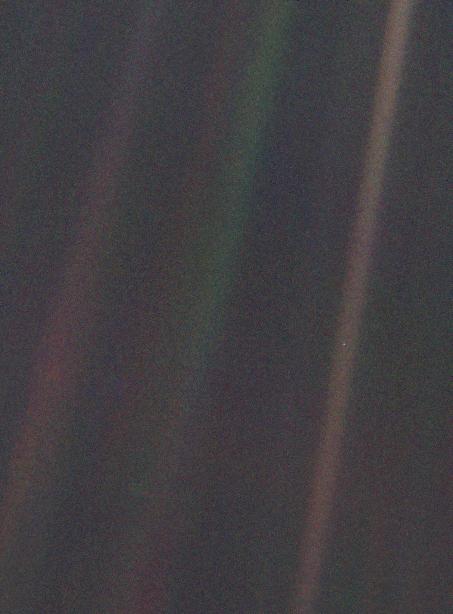 """""""Pale Blue Dot"""". NASA, 1990"""