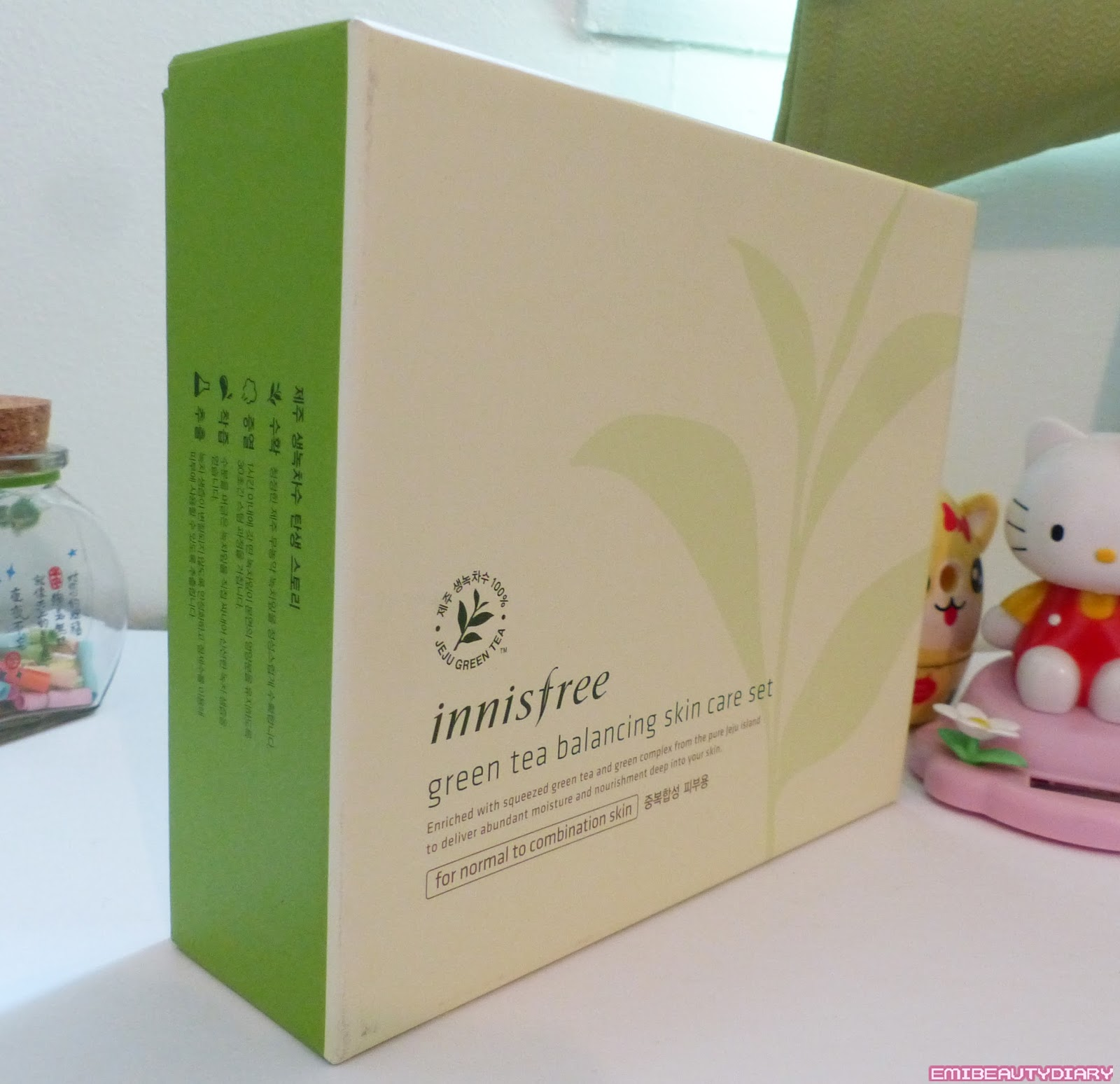 Emi Beauty Diary: Unboxing Innisfree Green Tea Balancing Line Set!