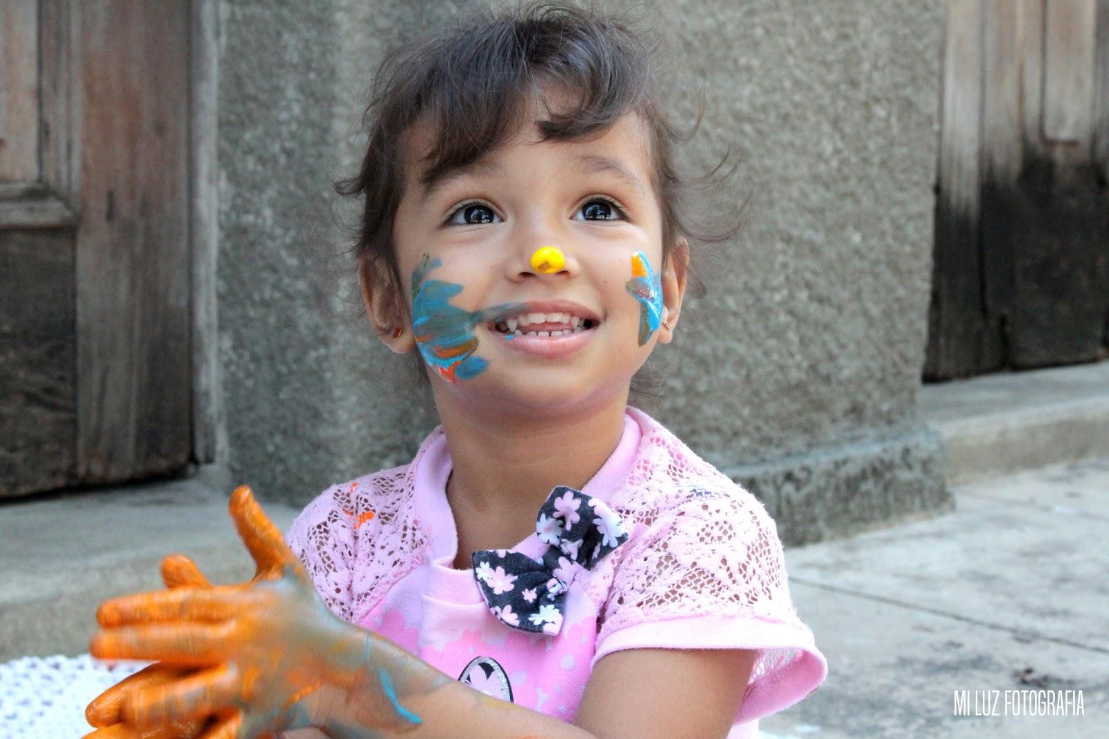 Smash the cake paint sujeito com tinta Mi Luz Fotografia