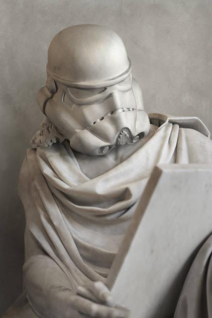 スターウォーズのギリシャ彫刻が見つかる⁉︎5枚【Art】 ストームトルーパー
