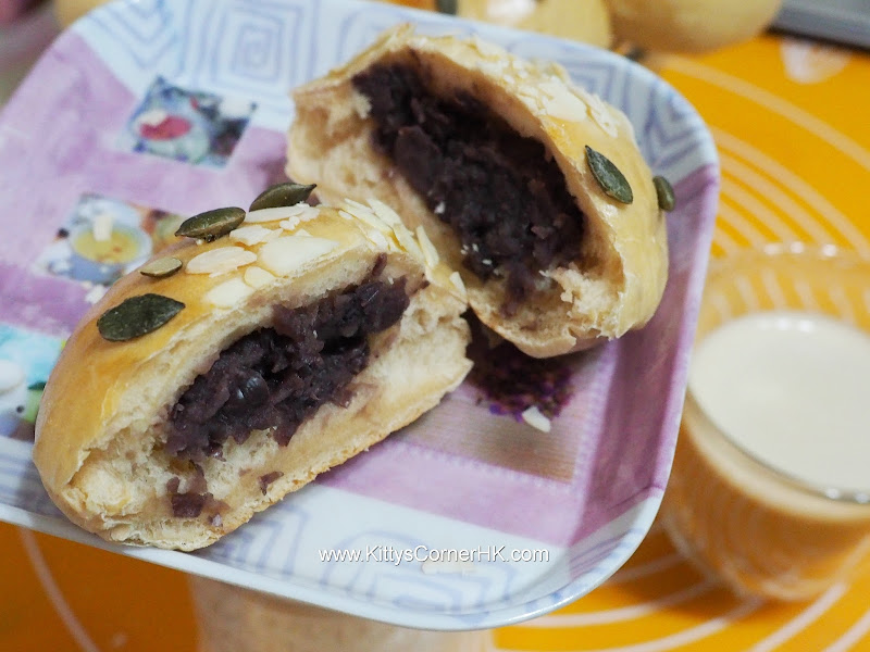 Red Bean Paste Bread DIY recipe 紅豆包 自家烘焙食譜