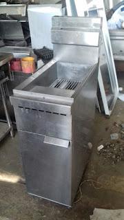 Fryer 1 Basket Merk Nayati Kapasitas 15-18 Liter