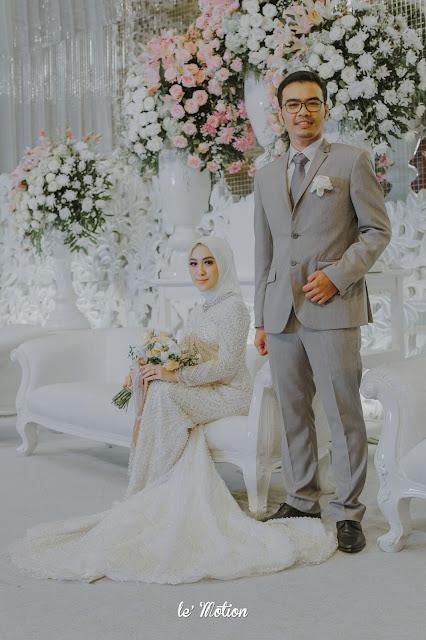 Le Motion Photo Sweet White Themed Wedding Of Intan Reza