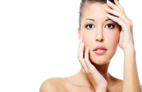5 cara mudah mendapatkan kembali kulit wajah yang cerah bercahaya dari Cara Sehat dan Cantik