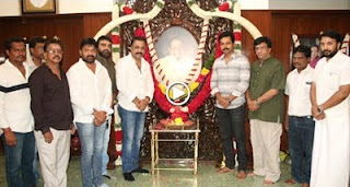 Nadigar Sangam Officials Pay Respect to Sivaji Ganesan