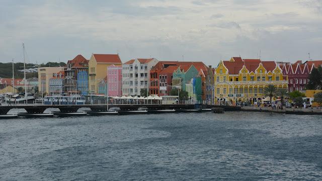 Willemstad Curacao Queen Emma Pontoon