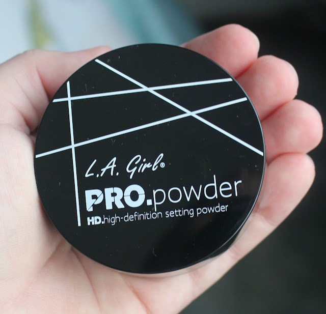 Photograph of L.A. Girl Pro HD Setting Powder in Translucent