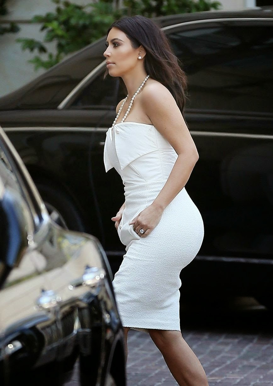 Kim Kardashian Wedding Cake