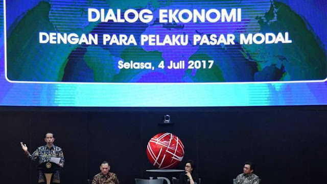 Jokowi: Kalau IHSG 6.000, Dirut BEI Jalan Kaki dari Mana ke Mana?