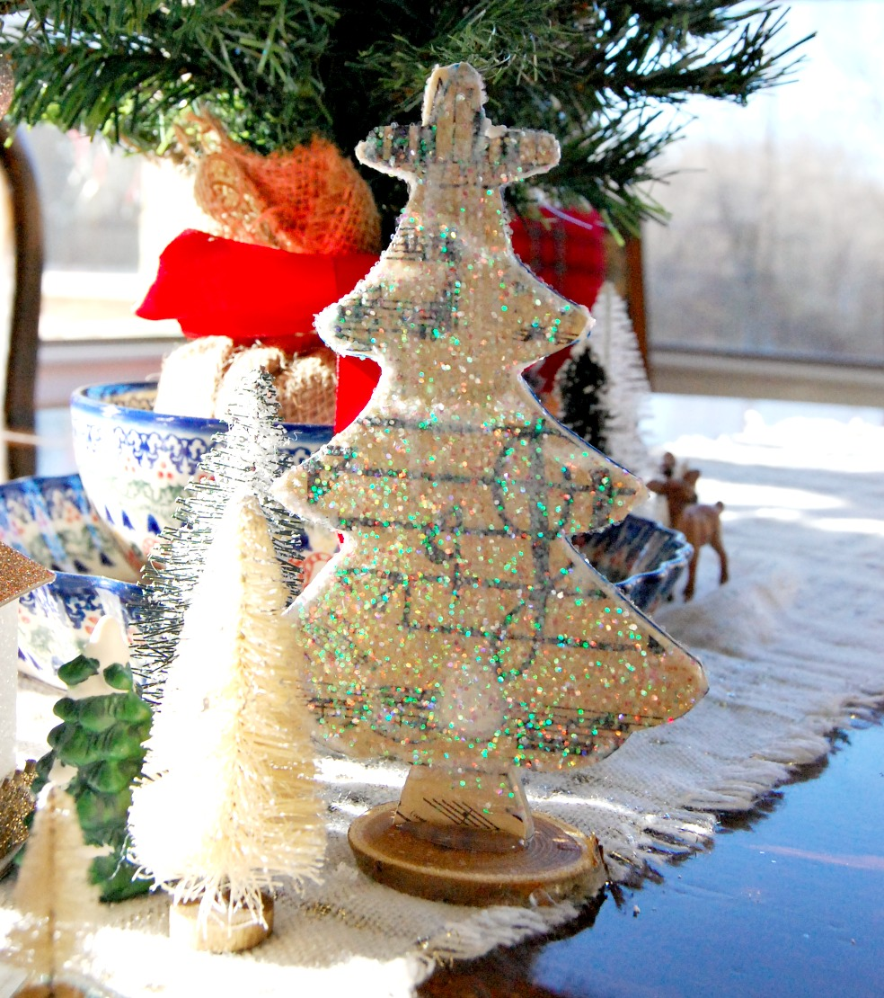 decorating, Christmas,Craft, paper, modpodge, athomewithjemma